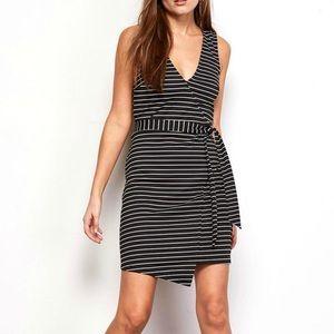 NWT Jack by BB Dakota Toni Wrap Dress